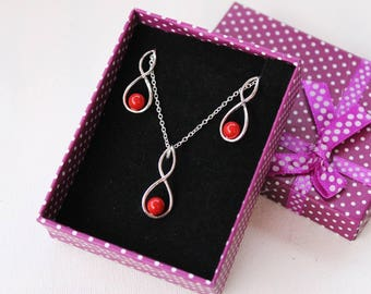 Set of jewelry - necklace and earrings - pearls swarovski Red coral Pearl - silver plated brass - 925 sterling silver - infinity