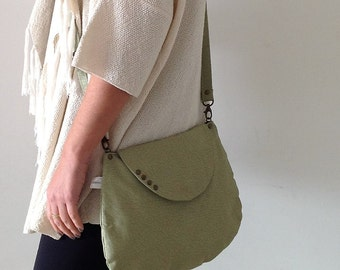 Green Cross body bag, Green faux leather bag, Green vegan crossbody bag, Messenger bag ,Green Messenger bag, Green Shoulder bag, vegan bag