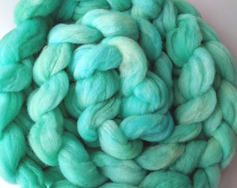 """Babydoll Southdown Wool / Alpaca for Spinning & Needle Felting 4 Oz Combed Top Medium Light Teal Fiber """" Dream II  """" (2 available)"""