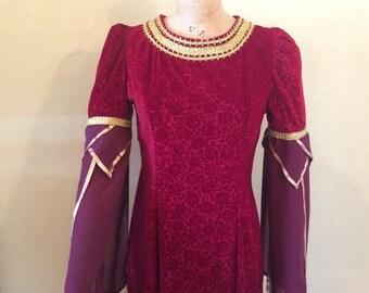 Fantasy costume Renaissance Dress, Medieval renaissance gown for a Renaissance Lady-in-Waiting
