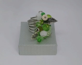Adjustable ring size 58 shades of green glass beads