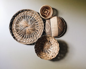 Collection of 4 vintage decorative woven basket trays | wall baskets
