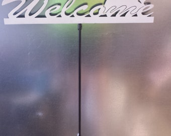 CNC Plasma Cut Wolf Howling Welcome Sign with removable stake