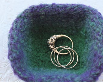 Green Blue Purple Knit Felt Ring Bowl,  Mini Wool Ring Bowl,  Blue Ring Bowl, Small Knit Ring Bowl, Green Felt Wool Bowl, Purple Wool Bowl