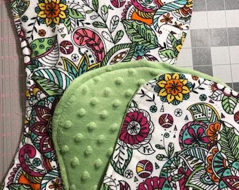 Floral contoured burp cloths