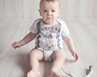 Baby boy fox theme birthday onesie with bow tie and suspenders, Fox theme cake smash outfit baby boy first birthday one year outfit