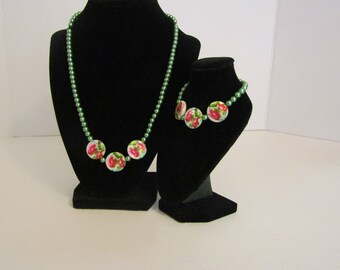 Green and pink flower set