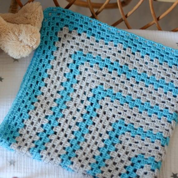 "Baby blanket - crochet - square - light gray - blue - granny - crib - stroller - 27""x27"" (68x68cm) / Granny Gris/Bleu"