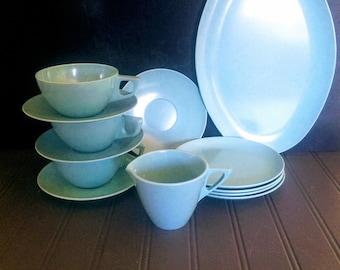 Milieu du siècle Turquoise Melmac vaisselle Glamping Gear le Camping ou pique-nique ensemble Melmac Sun Valley