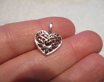 Set of 8 Heart Charms