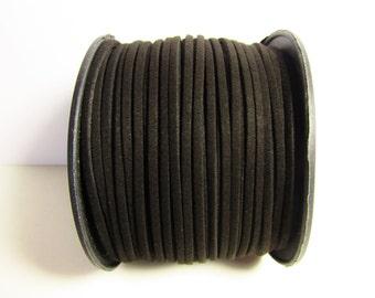 D-02681 - 2 m  Faux suede cord black