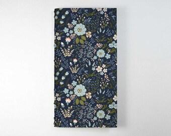 Travelers Notebook Insert - Blue Flowers.   Bullet Journal, Midori Insert, Fauxdori Insert, Planner Insert, Traveler's Notebook Refill.