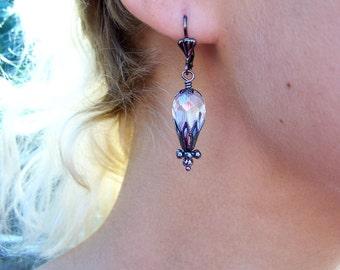 Steampunk Jewelry - Goth hot air balloon earrings - Gunmetal and Crystal Balloons - Steampunk Balloon Earrings
