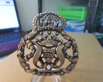 Vintage Heraldic Coat of Arms Ceremonial Cap Badge #1888