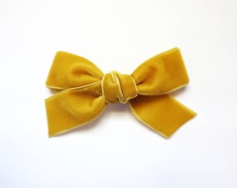 Velvet Bow: Mustard Yellow