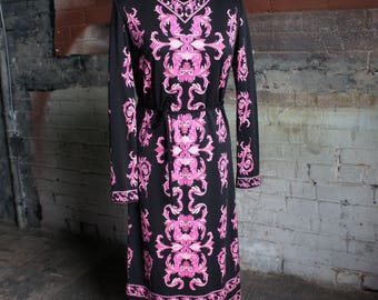 MR. DINO 1960's 'Bohemian Rhapsody' Black Jersey Dress with Pink Psychedelic Print