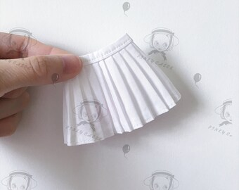 blythe/jerryberrys/kukuclara white pleated skirt