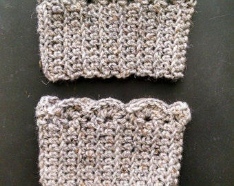 Womens Handmade Crochet Boot Cuffs- Boot Topper- Faux Legwarmer- Boot Socks- Oatmeal
