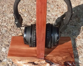 Headphone stand - Headphone rack - Red Cedar living edge - Functional and beautiful - Protect your expensive audio equipment