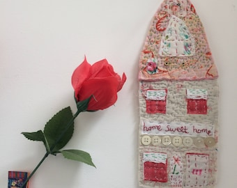 Vintage Quilt Fabric Wall Hanger Applique House