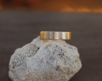 Hand Made 14K Gold Wedding Band