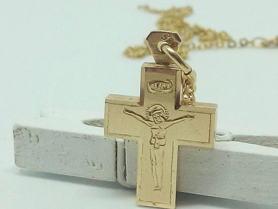 Vintage 14k Gold Cross Pendant with Jesus - FREE 9k Gold Chain - Easter Gift - Christmas Gift