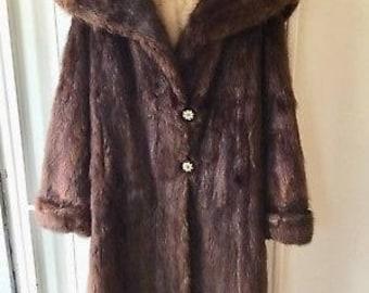 60s Fur Coat M/L / Beaver Fur Coat / Vintage Fur Coat / Brown fur Coat / Long winter fur coat / Vintage fur jacket / long hair beaver jacket
