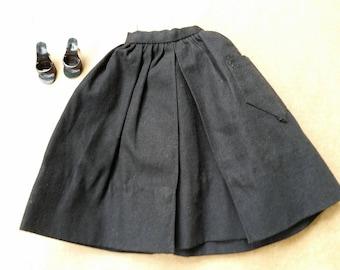 Barbie fashionpak gathered skirt with shoes