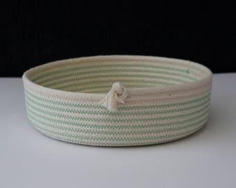 Flat bowl - mint green // rope bowl / rope basket / table bowl / fruit bowl /handmade rope bowl
