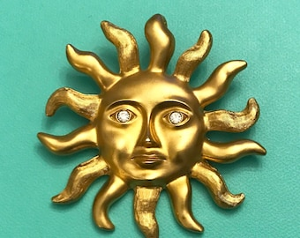 Vintage Avon Sun Brooch Sun Face Brooch Gold Sun Brooch Face in the Sun Brooch Sun Pendant Sun Face Pendant