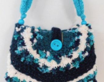Hand knitted turquoise/sea green handbag.  Bag, shoulder bag.  Beautiful bag