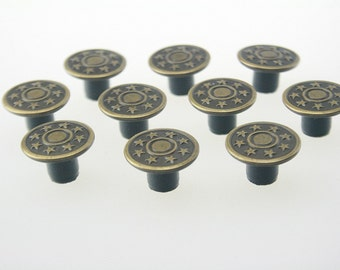 10 pcs Antique Brass Vintage Star Buttons Rivet Studs Leathercraft 17x10 mm. JN Sta Br 1710 10 RV WY
