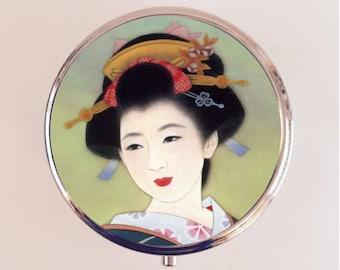 Japanese Geisha Pill Box Case Pillbox Holder Trinket Stash Box Japan Asian Art
