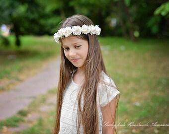 White wedding flower crown Bridal hair Wedding headpiece Flower wreath Flower girl Boho wedding halo Woodland floral crown Rose crown Boho