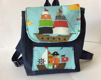 kleiner Kinderrucksack,Kindergartentasche,Piraten,Schiff,für Jungs,