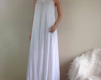 Vintage long white Bridal honeymoon nightgown lace top shabby chic NG38