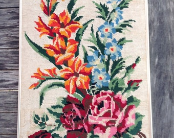 French Vintage Floral bunch roses tapestry canevas