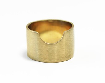 Wide Band Notch Ring (brass)