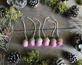 Felted wool acorn ornaments, set of 6, Blush Pink, pink acorn ornaments, mini christmas ornament set, pink ornaments, pink felt acorn