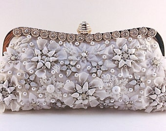 Bridal clutch,beaded clutch,embroidery clutch, white clutch,wedding purse,embellished bag,unique clutch.handcrated clutch,party clutch,prom.