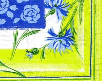635 flowers blue paper towel
