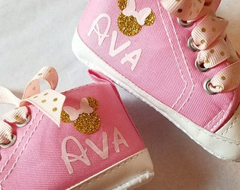 Minnie Mouse, Baby Shoes, Pink and Gold, Personalized Name, Sizes 3-18 Months, Party Shoes, Soft Sole