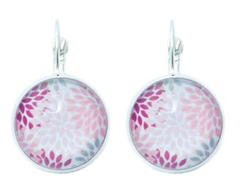 Dangle earrings * pink and purple flower petal *.