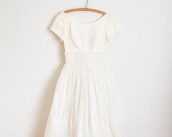 ON SALE - Vintage 1960s Dress - 60s White Dress - The Deb