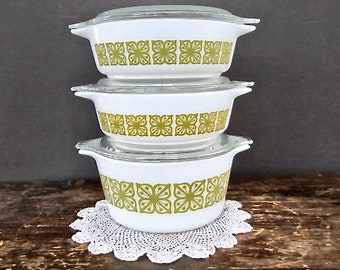 Set of Pyrex Verde Pattern Nesting Casserole Ovenware Dishes with Lids
