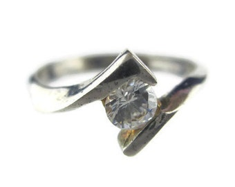Vintage CZ Solitaire  Sterling Silver 925 Tension Ring Size 5