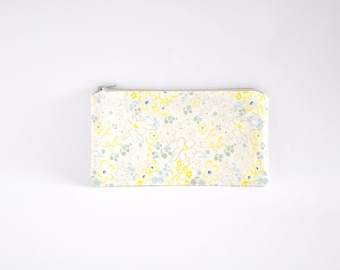 Small Zipper Pouch, Zipper Bag, Makeup Pouch, Cosmetic Pouch, Coin Purse, Bag Storage Organiser - Light Yellow Floral
