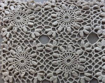 Antique Hand Crocheted Dresser/ Tray Scarf