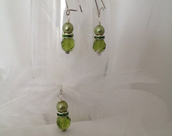 Green Beaded Earring and Pendant Set