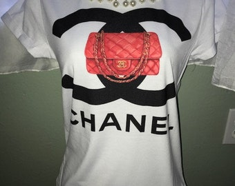 Red Quilted fashion handbag t-shirt